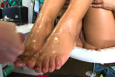 angelica heart cummy feet